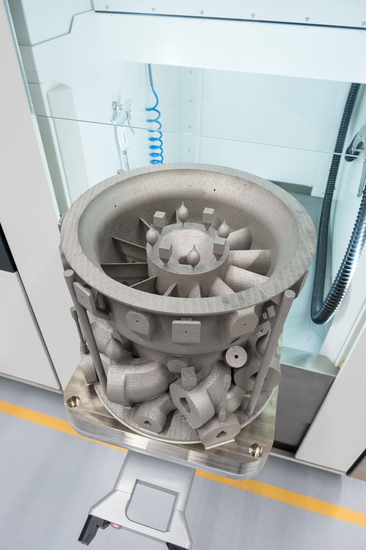 Show case 'Serial production of massive rocket parts'